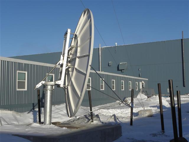 Satellite dish service by Mark Erney for Baker Lake, Nunavut, Canada Gold Mining Camp Picture 31