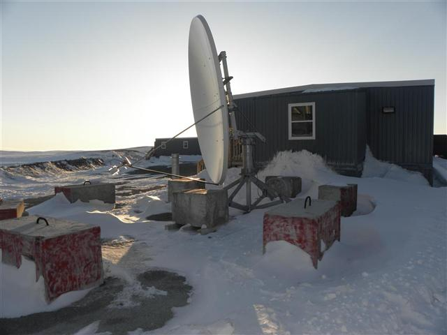 Satellite dish service by Mark Erney for Baker Lake, Nunavut, Canada Gold Mining Camp Picture 32