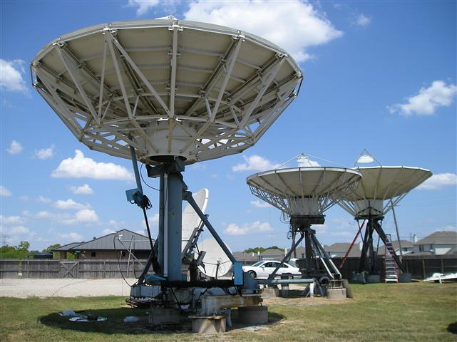 Satellite Earth Station Teleport Removal Dish Shipping Pictures Images by Mark Erney 4
