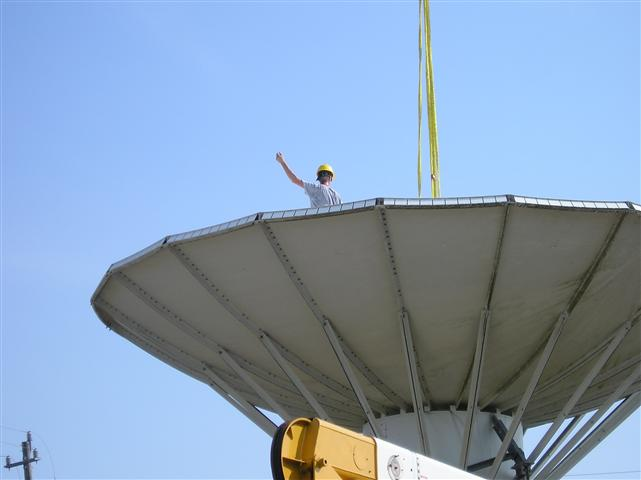 Satellite Earth Station Teleport Removal Dish Shipping Pictures Images by Mark Erney 5