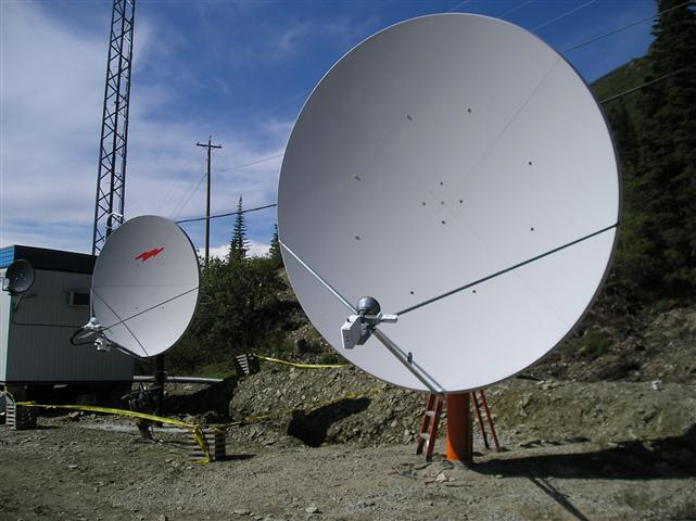 3.8 Meter Satellite Dish Installation Yukon Territory, Canada Pictures and Images Pic 3